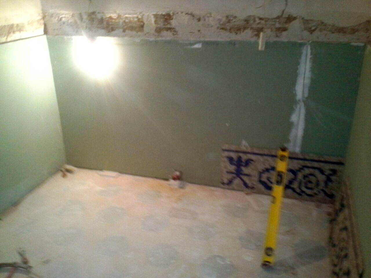 restauracion-de-pavimento-de-mosaico-romano-en-pared