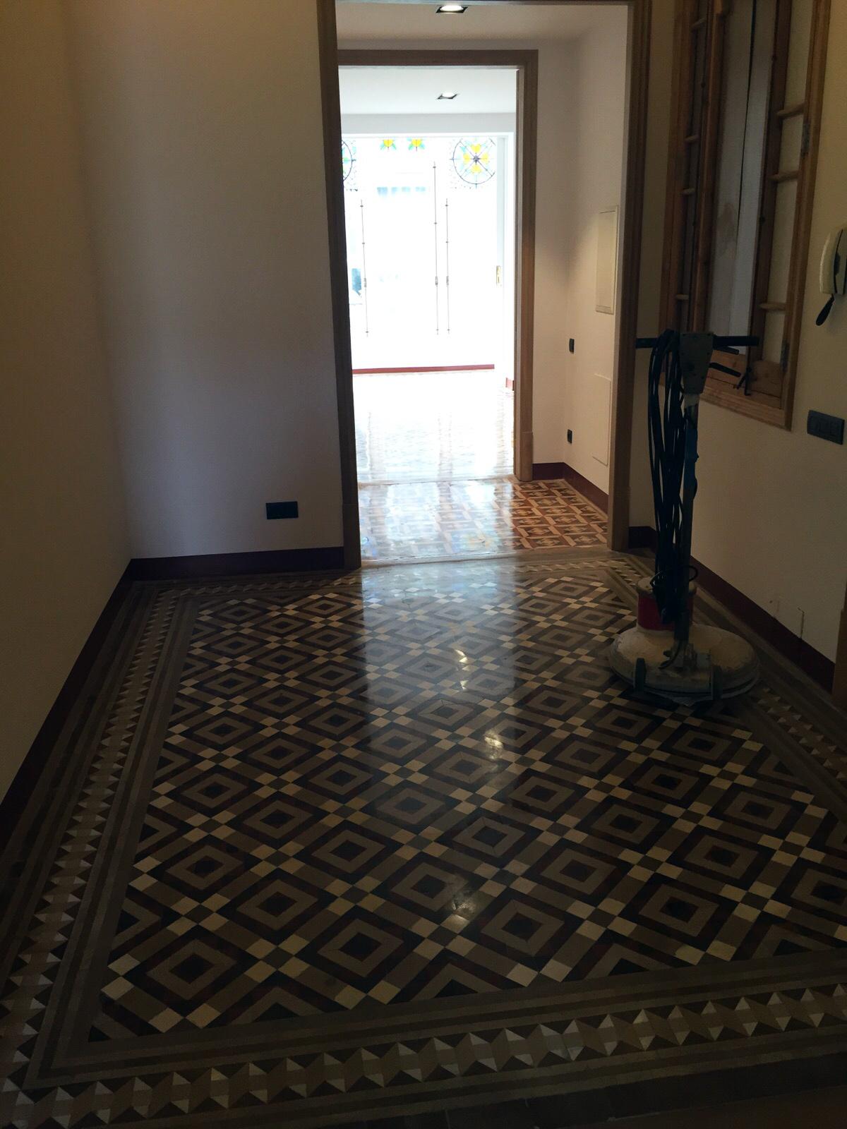 Abrillantado-de-mosaico-nolla-Barcelona