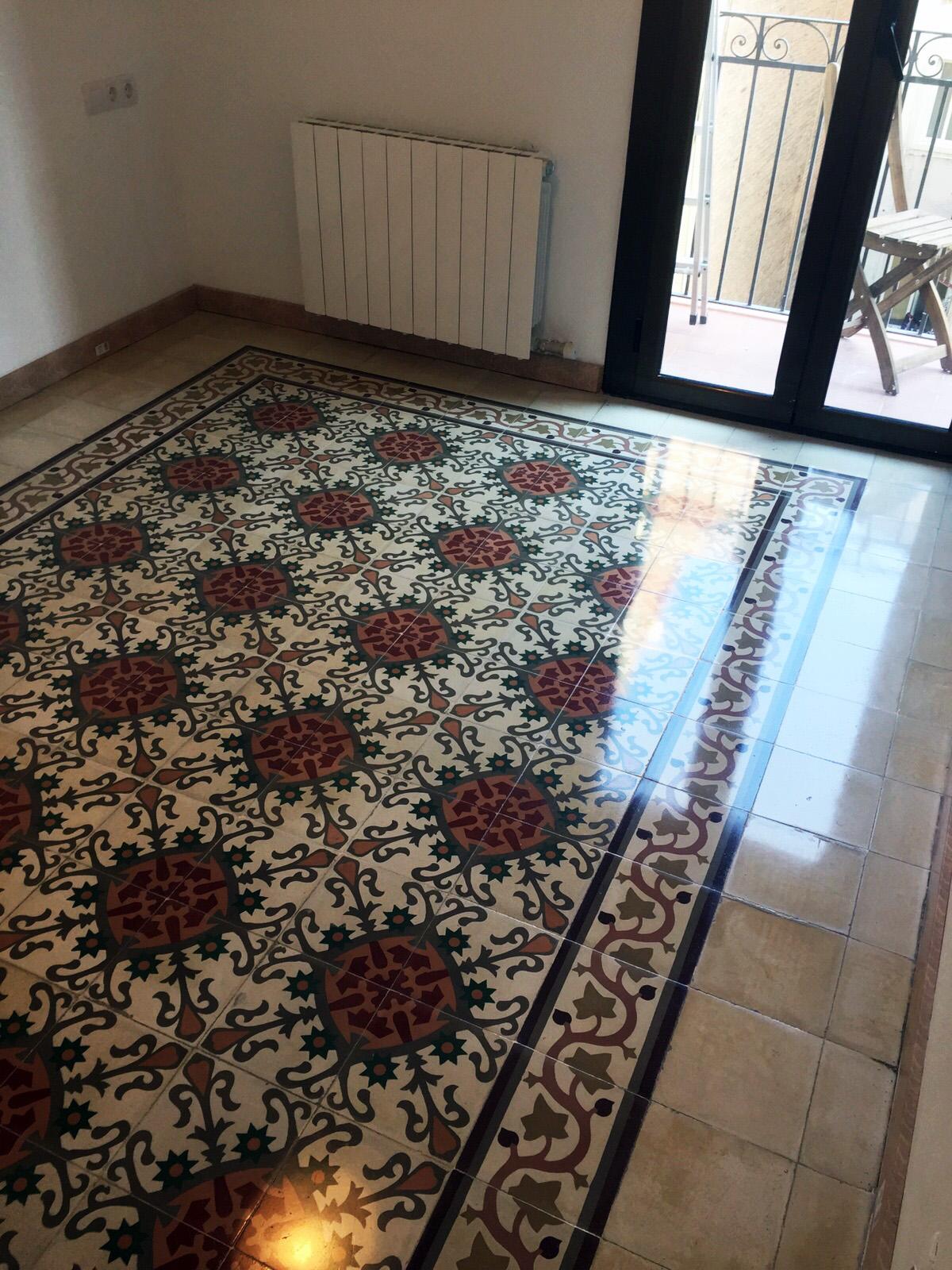 Mosaicosbarcelona suelos de mosaico hidr ulico pulidos y for Pisos de bankia barcelona