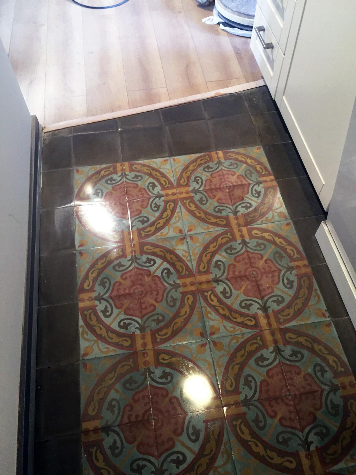 Restauración-de-mosaico-nolla-en-vivienda-Barcelona