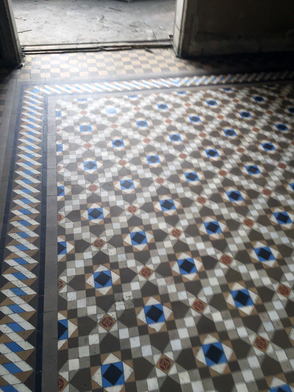 Restauracion-de-mosaico-nolla