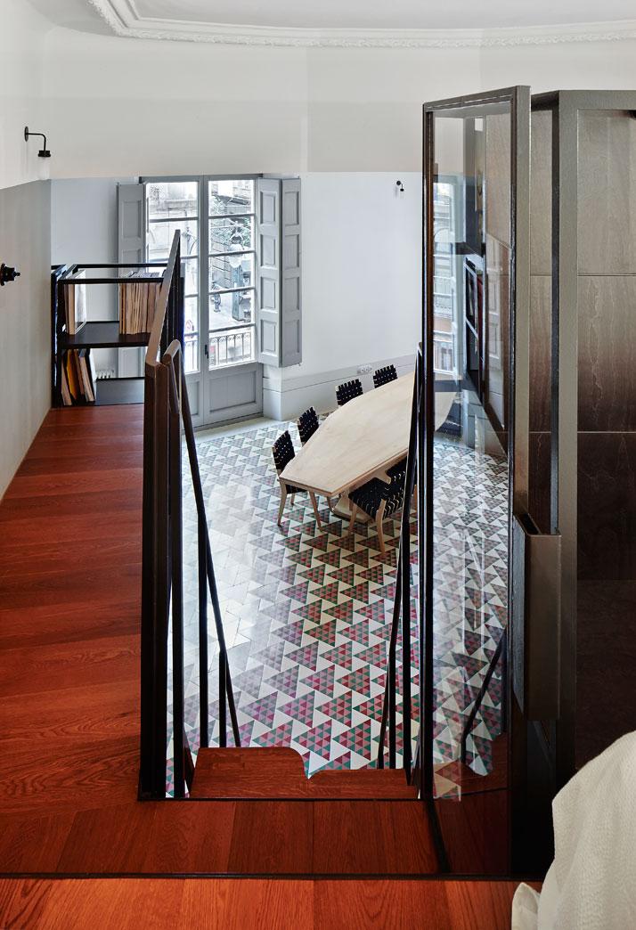 MosaicosBarcelona | Decoración con mosaico hidráulico Carrer Avinyó Apartamento de David Kohn Architects en Barcelona