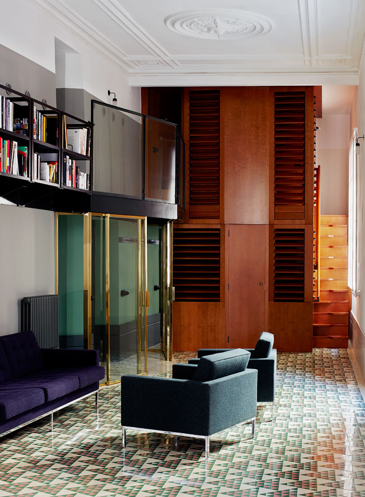 Carrer-Avinyó-Apartamento-de-David-Kohn-Architects-en-Barcelona-8