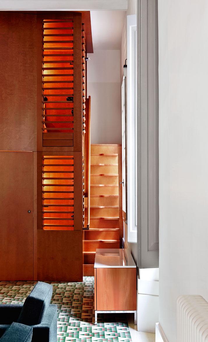 Carrer-Avinyó-Apartamento-de-David-Kohn-Architects-en-Barcelona-9