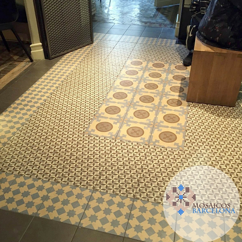 Mosaicos-Barcelona-suelo-hidraulico-restaurado-en-vivienda