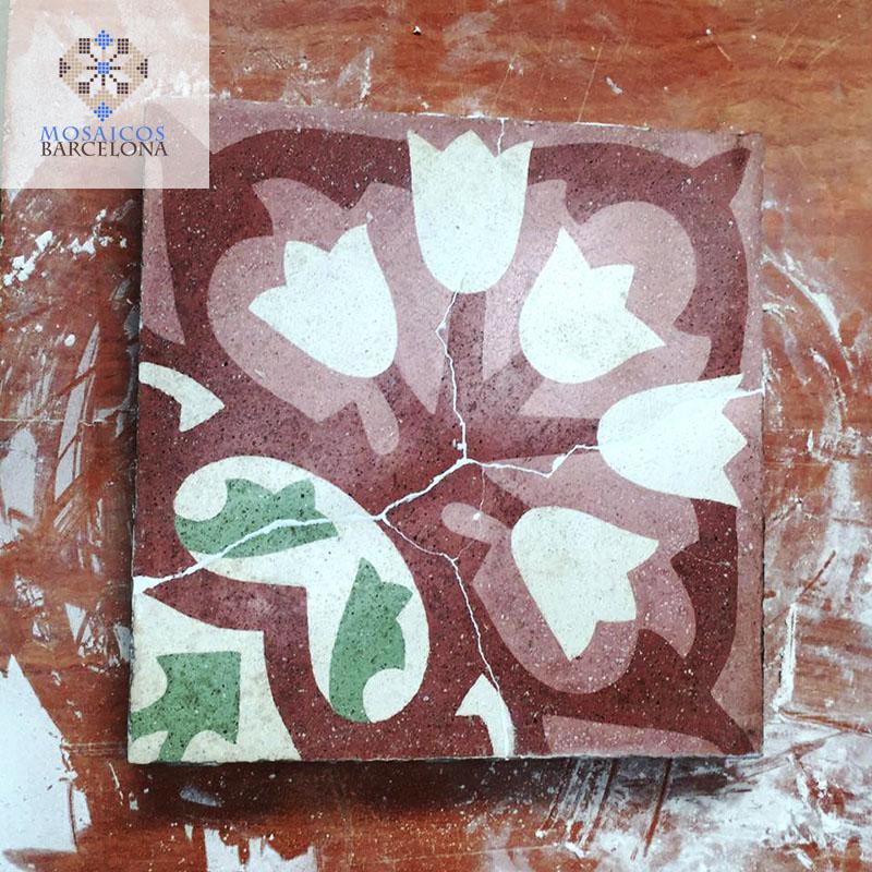 MosaicosBarcelona-Mosaico-hidraulico-restaurado-para-mesa-decorativa