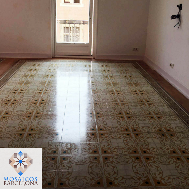 MosaicosBarcelona-Pulido-de-suelos-hidrulicos-en-reforma-de-barcelona-calle-consell-de-cent