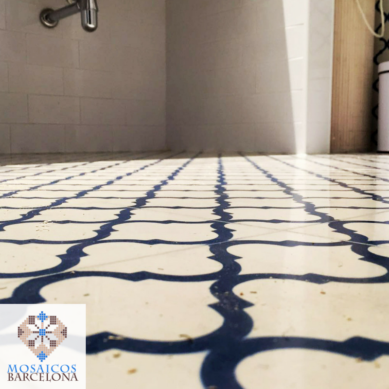 MosaicosBarcelona-Reforma-de-baño-en-barcelona-con-mosaico-hidraulico