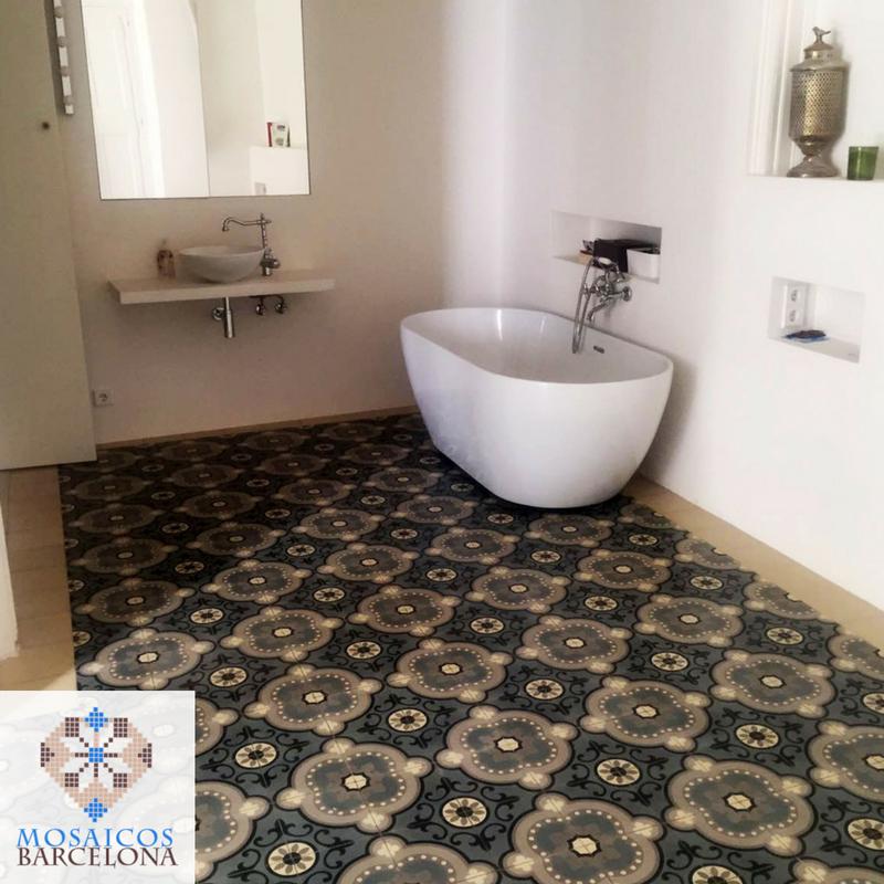 MosaicosBarcelona-Reforma-de-baño-en-vivienda-de-barcelona-con-baldosas-hidraulicas-originales