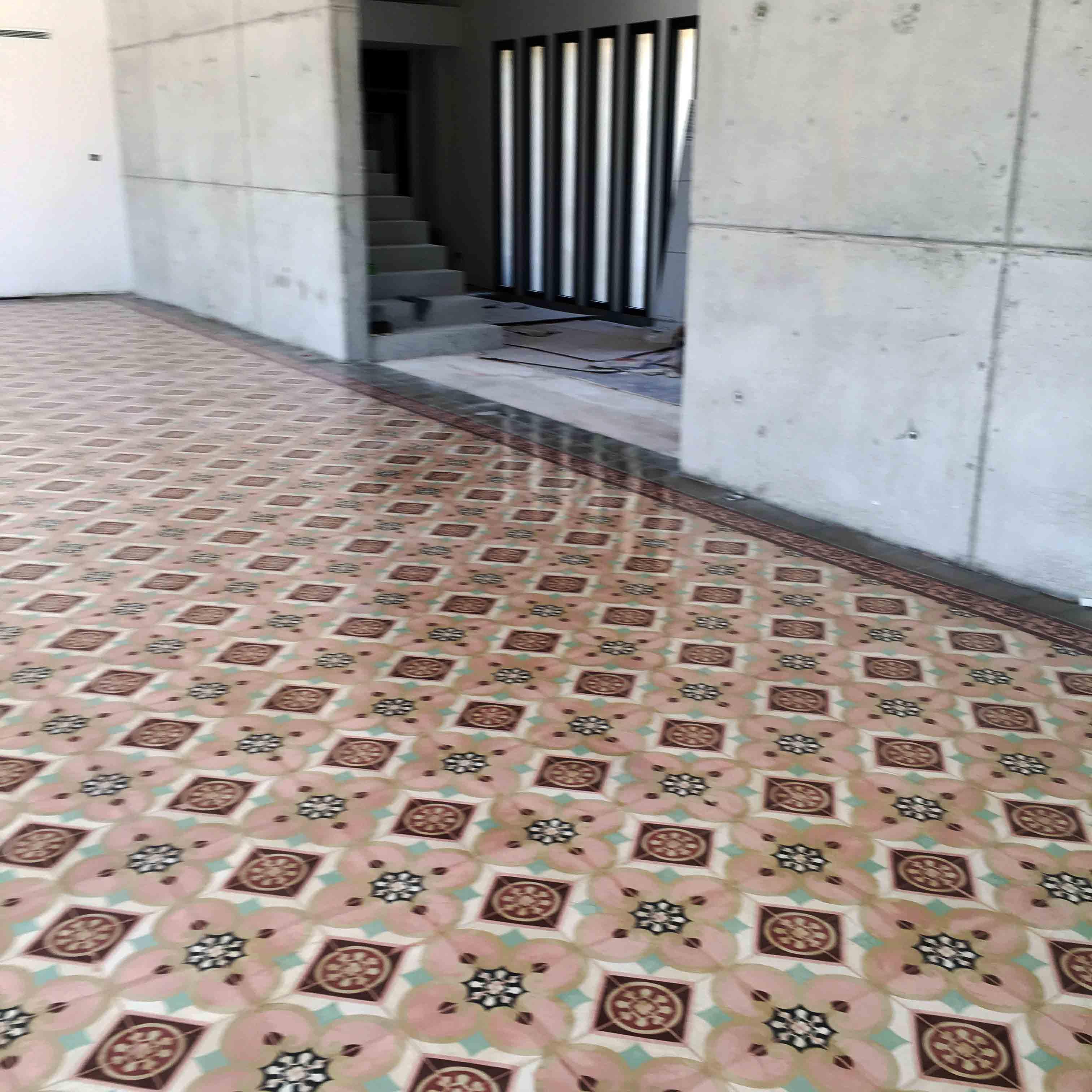 MosaicosBarcelona-Recuperacción-abrillantado-y-acristalado-de-suelos-de-mosaico-hidraulico-en-vivienda-en-Mallorca-Baleares-17