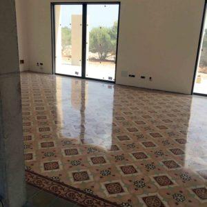 MosaicosBarcelona Recuperacción abrillantado y acristalado de suelos de mosaivo hidraulico en vivienda en Mallorca Baleares