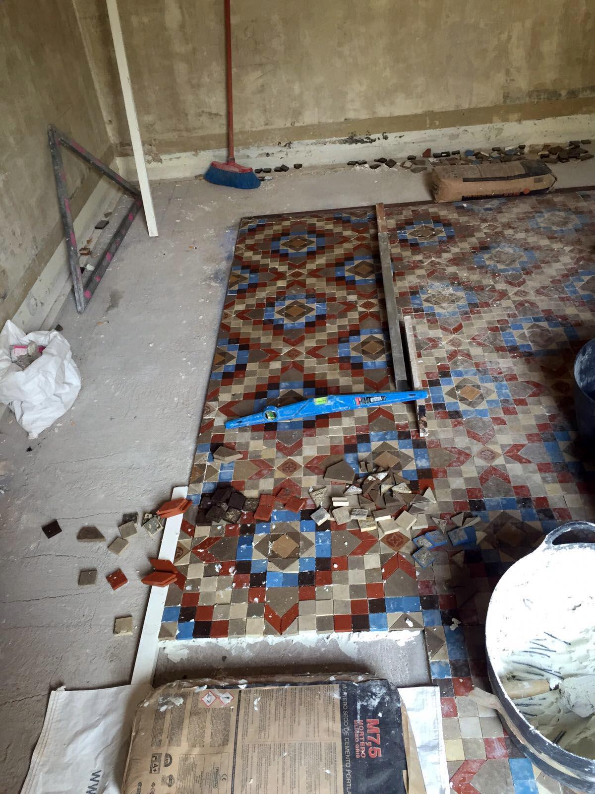MosaicosBarcelona-Recuperacion-suelo-nolla-en-vivienda-calle-Trafalgar-Barcelona-20